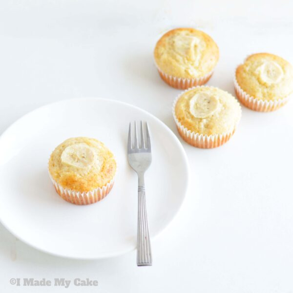 Delicious Banana Muffins with Leftover Yogurt